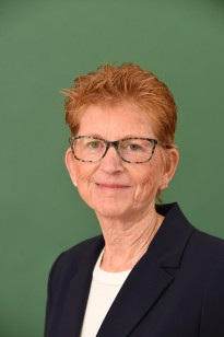 a picture of Cheryl L. Buff
