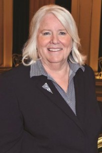 a picture of Linda L. Richardson
