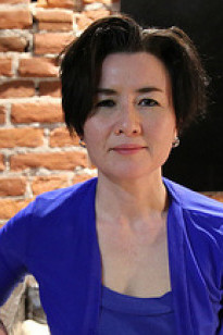a picture of Beverly J. Yuen Thompson