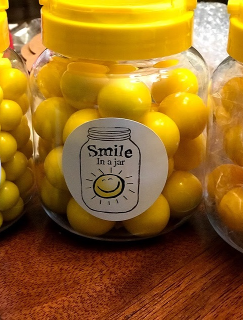 smile in a jar product shot